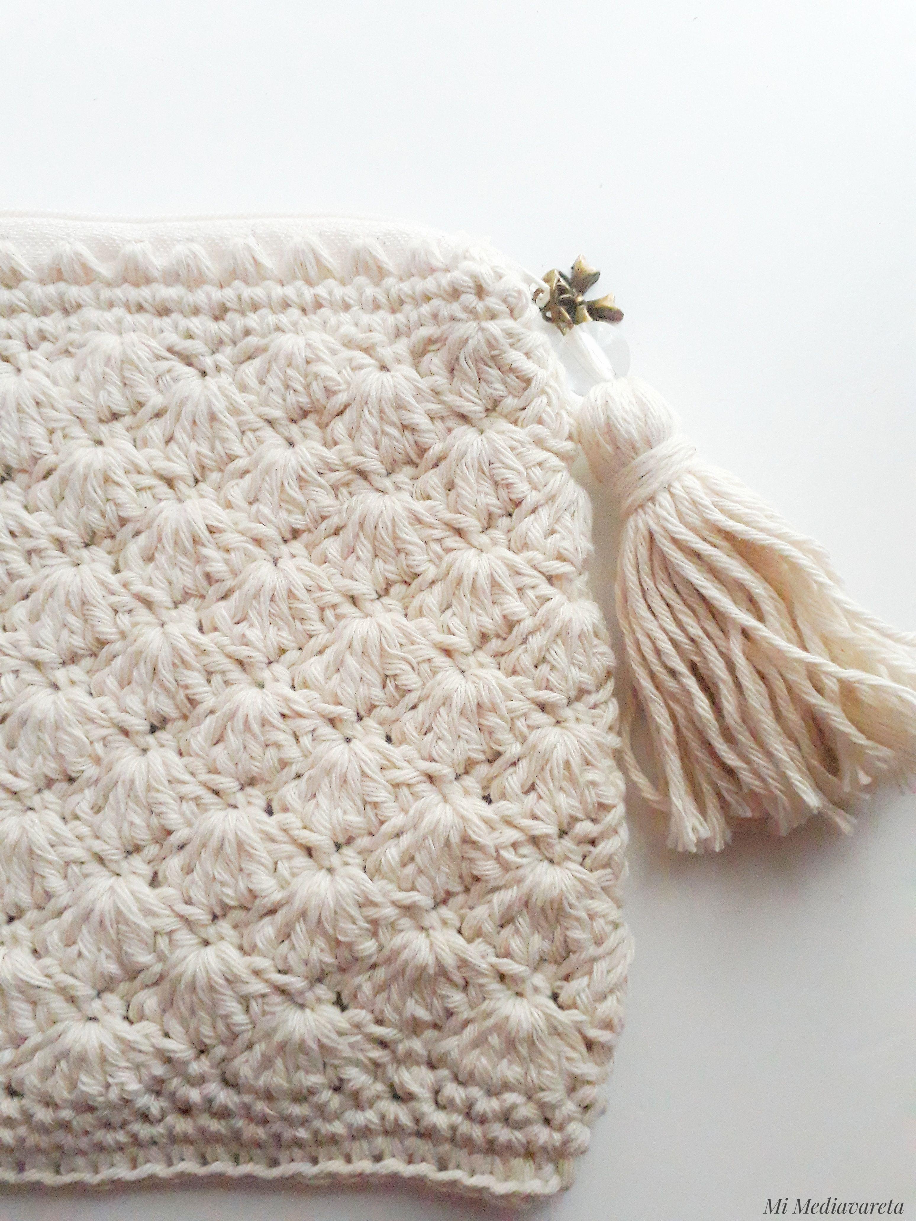 Neceser tejido a crochet con patrón