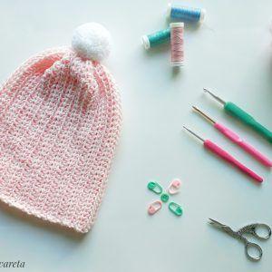 Gorro Acanalado tejidoa crochet en punto elástico
