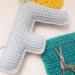 letra F del abecedario tejida a crochet