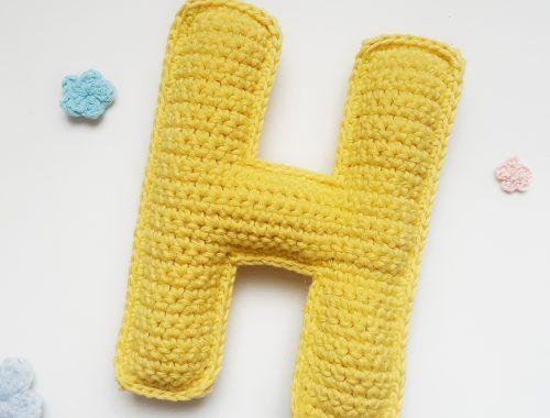 tutorial para tejer la letra H a crochet