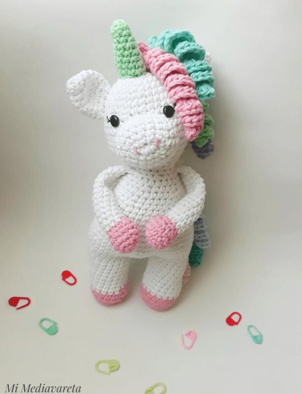Unicornio tejida a crochet con PDF descargable