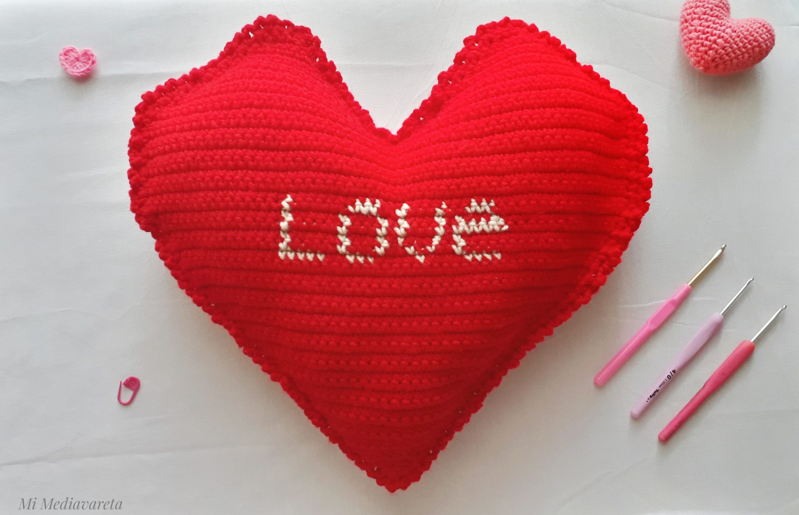 patrón para aprender a tejer un almohadon a crochet con fotos paso a paso