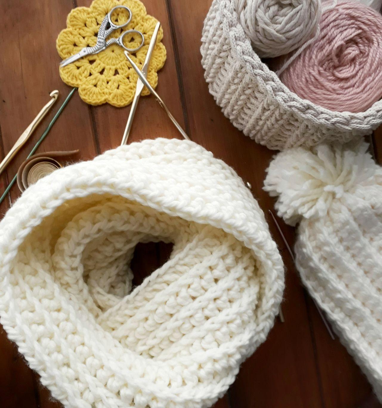 Tutorial gratuito para tejer una bufanda infinita a crochet