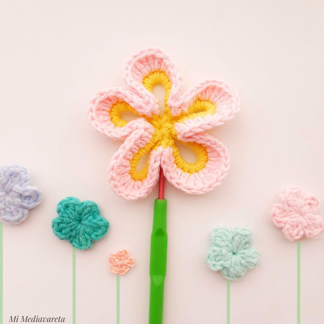 aprende a tejer flores a crochet con este tutorial paso a paso