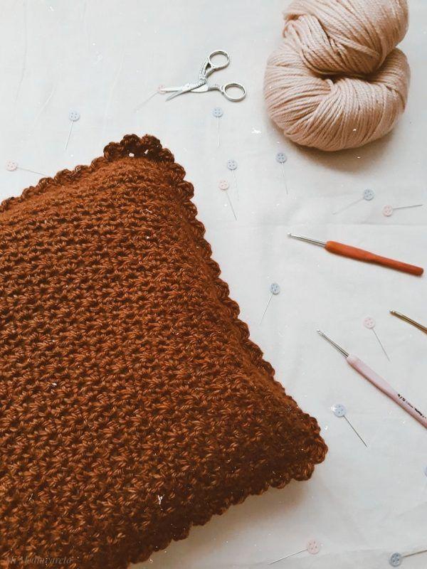 Aprende a tejer un almohadon a crochet desde cero