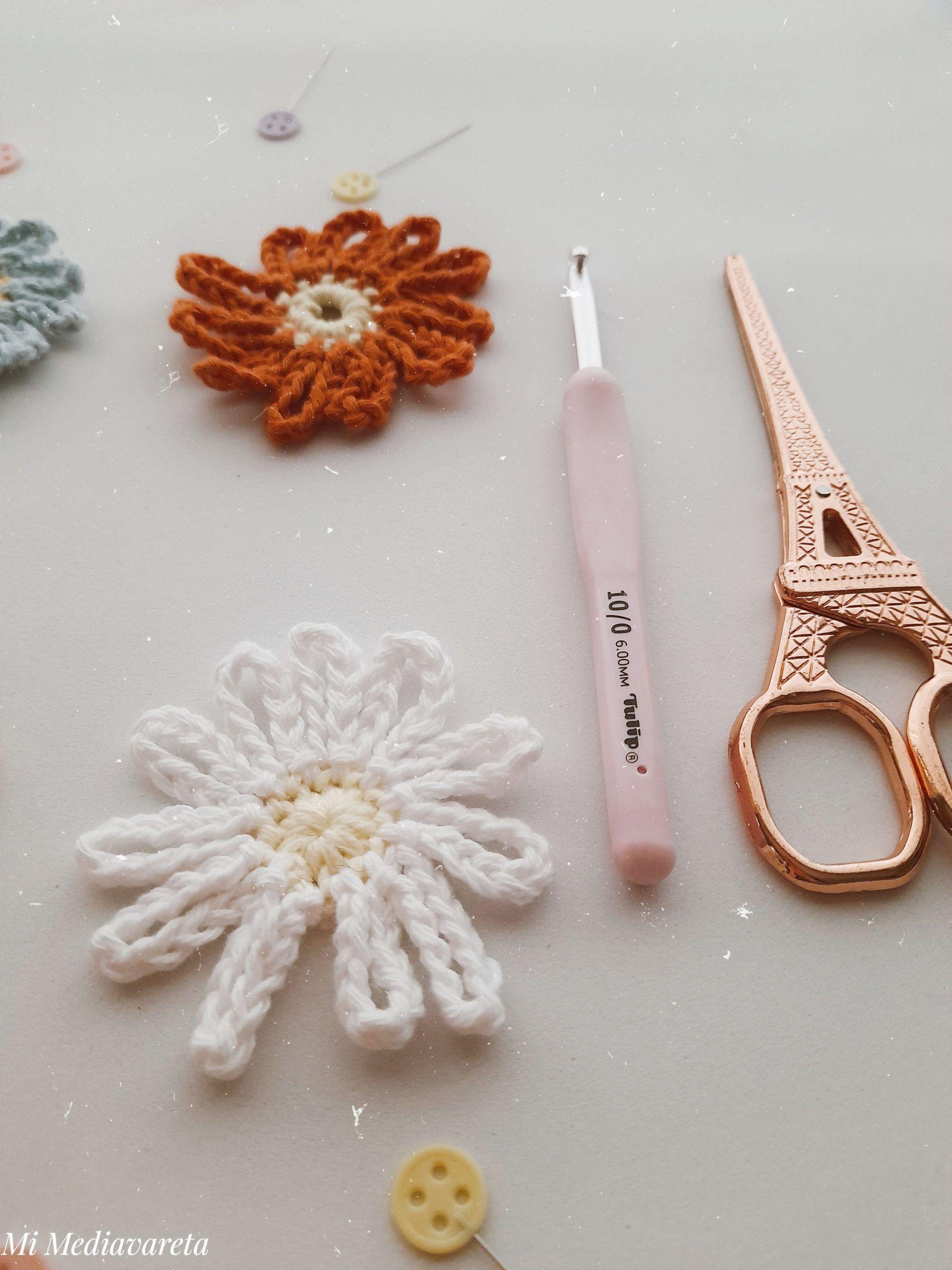 Aprende a tejer una margarita a crochet paso a paso
