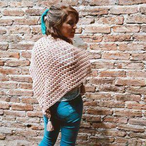 Aprende a tejer un chal moderno a crochet con este curso paso a paso