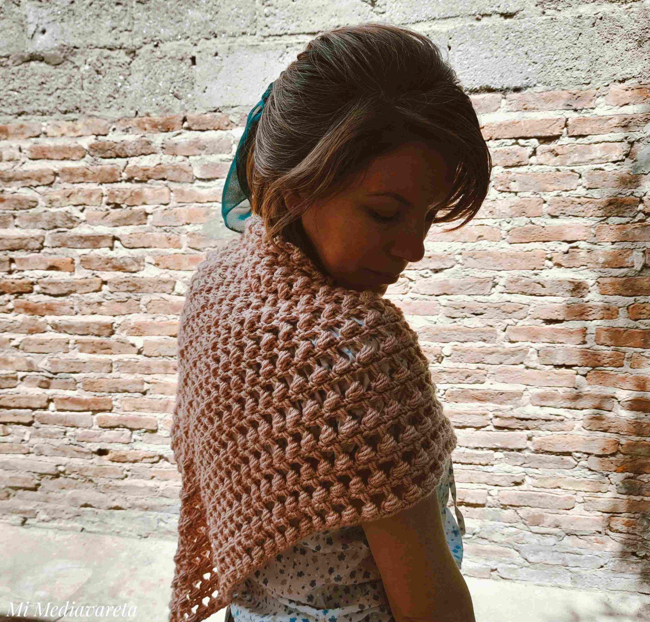 Aprende a tejer el Chal Annette a crochet paso a paso