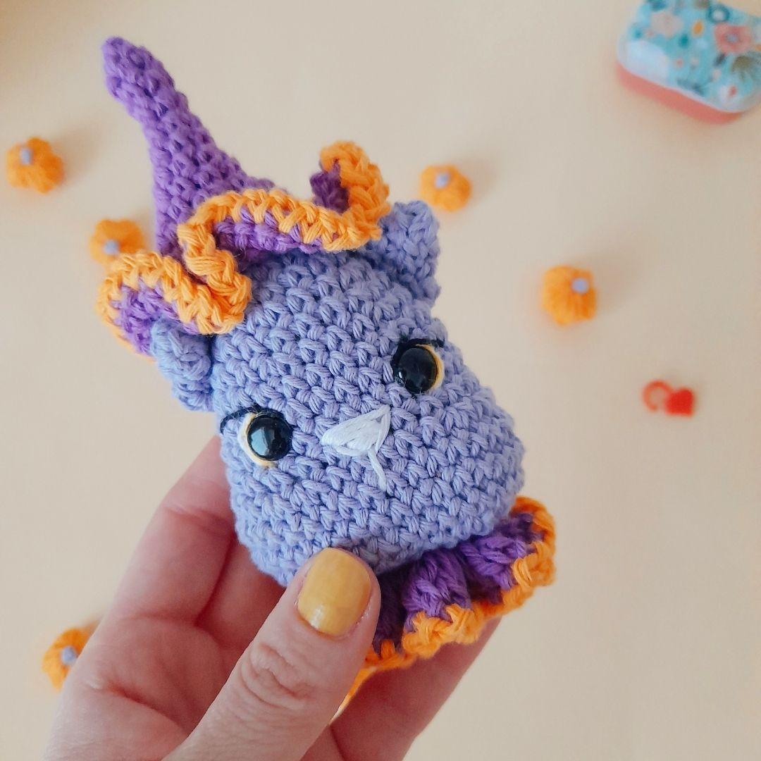 Gatita llavero Halloween a crochet